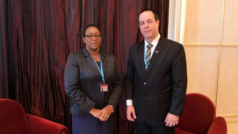 Ministros de Salud de Cuba y Kenya dialogan sobre situación de médicos