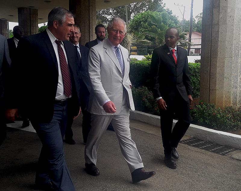 Visitó Príncipe de Gales Centro de Inmunología Molecular en Cuba
