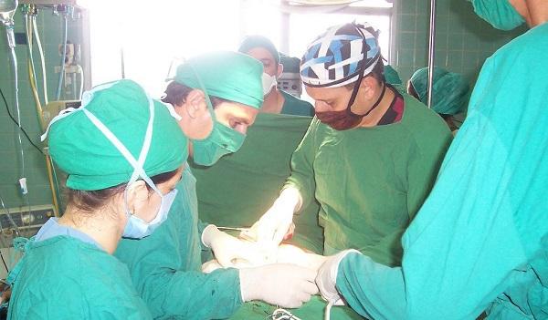 Garantizan trabajadores de Salud Pública atención integral al paciente pese a Ley Helms-Burton