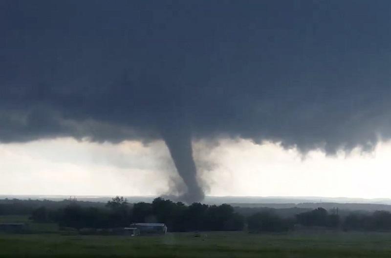 El tornado, un fenómeno de la mayor intensidad energética