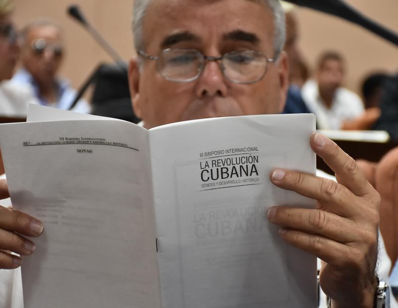 Inicia en La Habana Simposio sobre la Revolución cubana