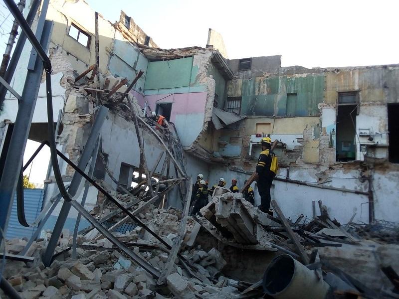 Derrumbe en la Habana deja un fallecido