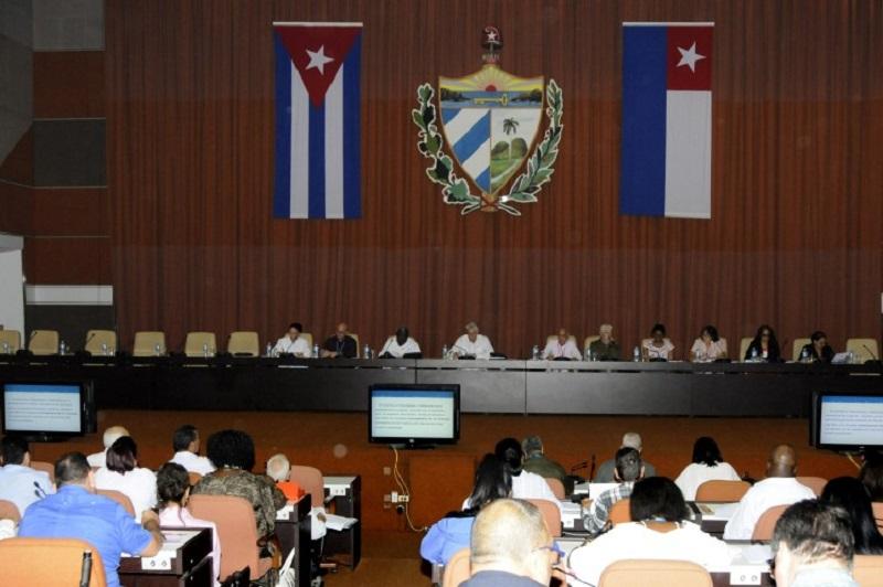 Hydraulic Plan presented to Cuban Legislators