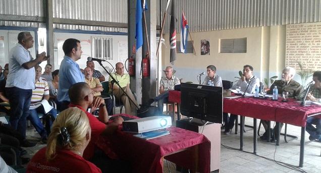 Ramiro Valdés evaluó la inversión del Parque eólico Herradura 1