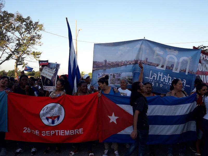 Convocan a desfile por el 1ro de Mayo desde la Colina Lenin