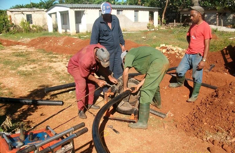 Artemisa potencia servicio de agua potable