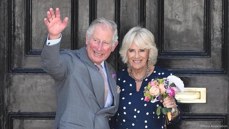 El Príncipe Carlos de Gales y su esposa visitarán Cuba