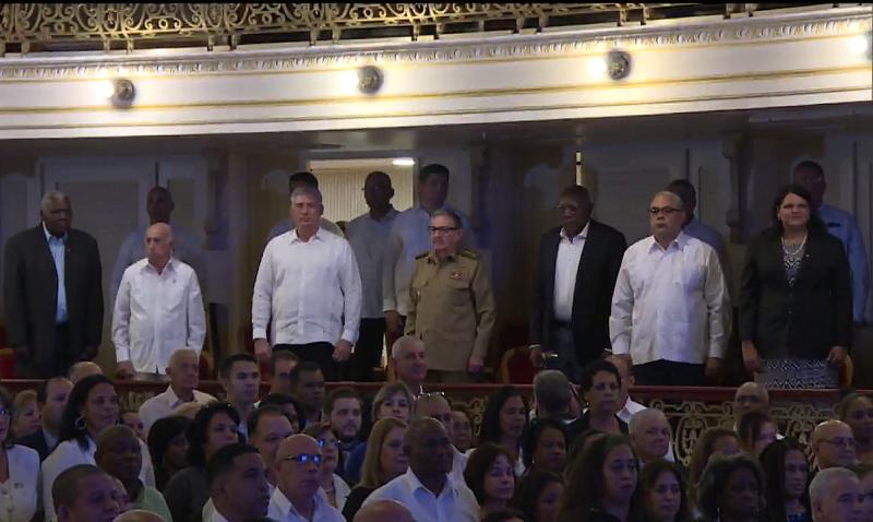 Asisten Raúl Castro y Díaz-Canel a la Sesión Solemne de la Asamblea Provincial del Poder Popular