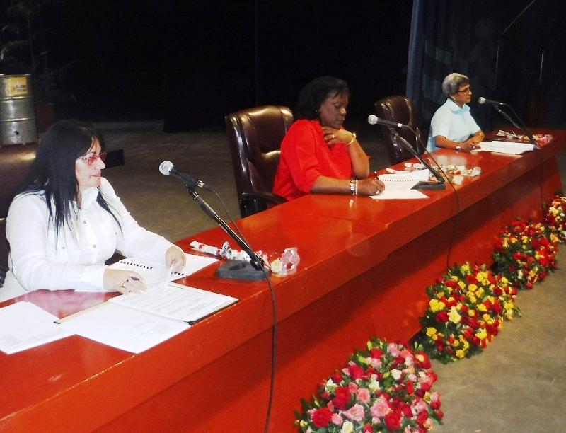 Rindieron delegados santiagueros homenaje a los próceres de la Patria