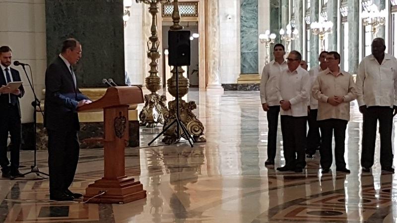 Una estatua con la pureza de la amistad cubano-rusa