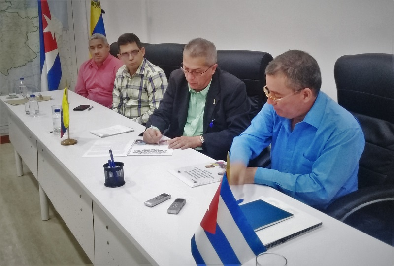 Firman por la hermandad entre Cuba y Venezuela