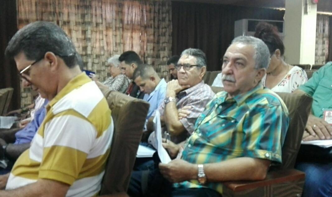 A debate Proyecto de Ley Electoral en Cuba