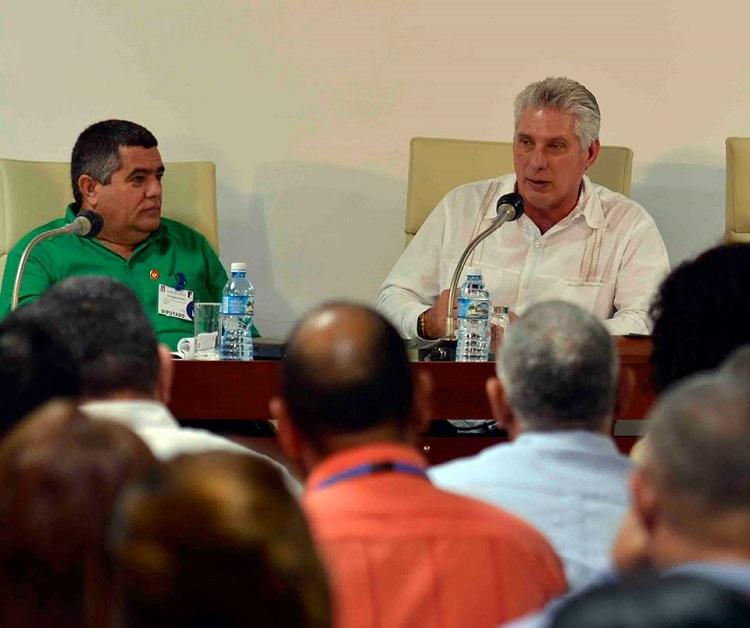 Díaz-Canel llama a incrementar la producción nacional de alimentos