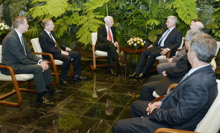 Diaz-Canel Receives Co-Chairman of Cuba Initiative