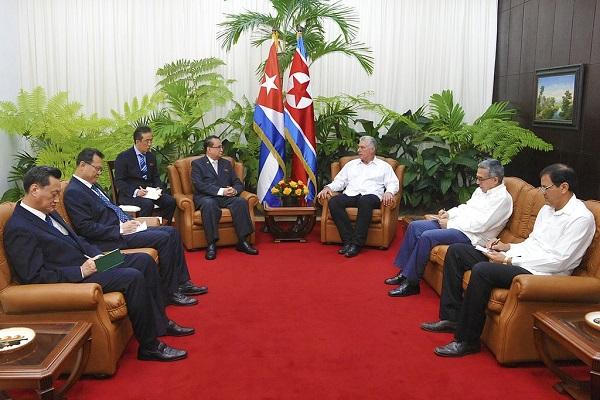 Recibieron Raúl y Díaz-Canel a dirigente partidista de Corea