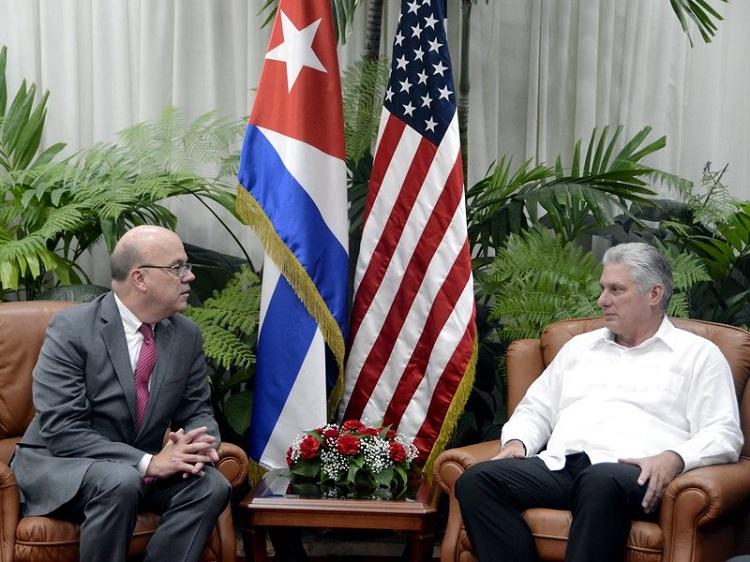 Recibió Díaz-Canel a congresista estadounidense James McGovern