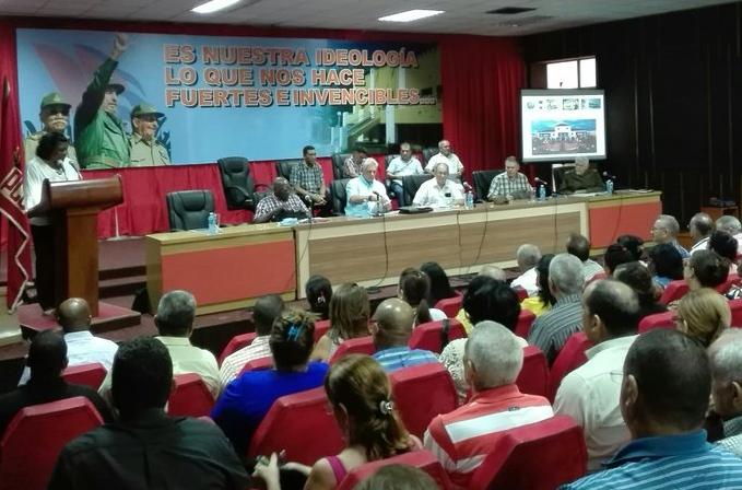 Valora Díaz-Canel medidas adoptadas en Santiago de Cuba sobre situación energética