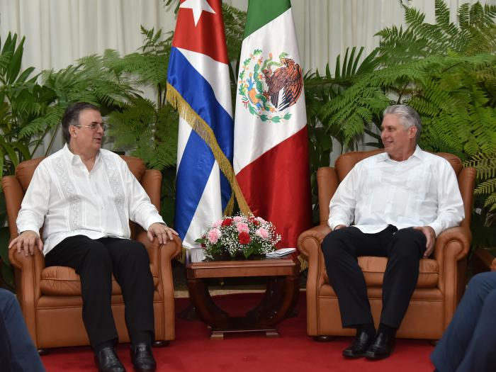 Raul Castro and Díaz- Canel received Mexican Foreign Minister