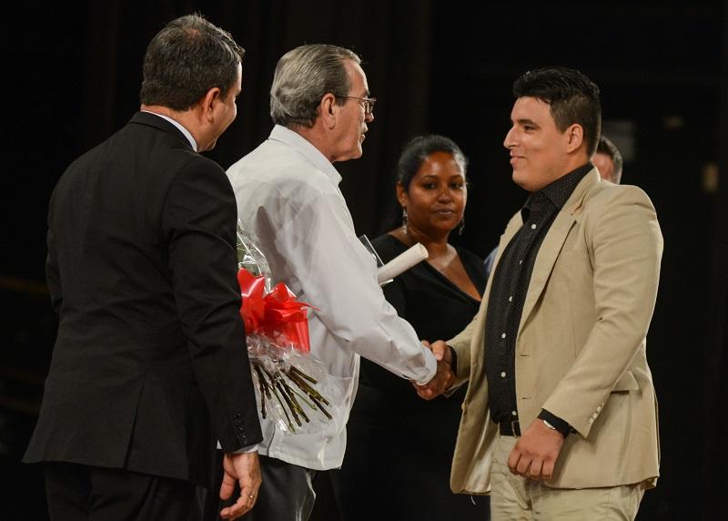 Gradúan nuevos profesionales de las Ciencias Informáticas en Cuba