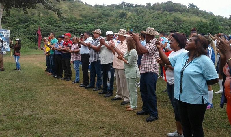 Respaldan campesinos cubanos a Evo Morales