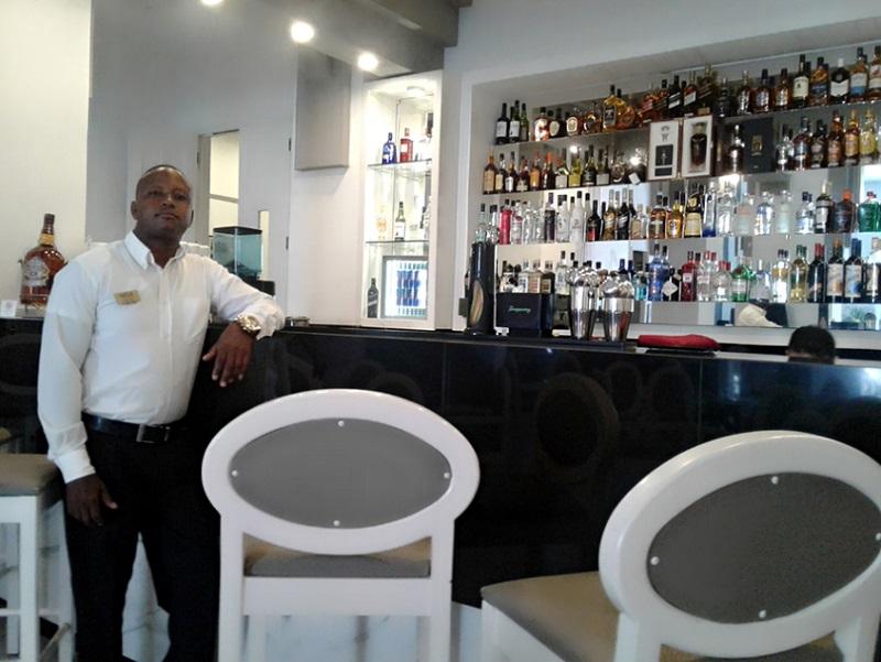 Trabajadores del Hotel Meliá San Carlos contra la Ley Helms-Burton