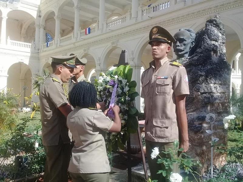 Combatientes de las FAR rechazan profanación a bustos de José Martí