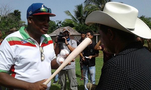 En Las Tunas, jóvenes campesinos condenan la Ley Helms Burton