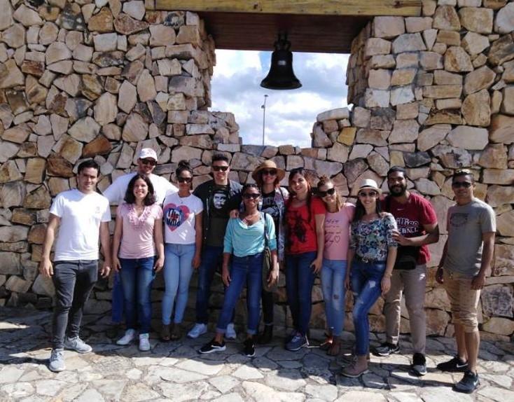 En Audio: Jóvenes periodistas visitan sitios históricos de Granma