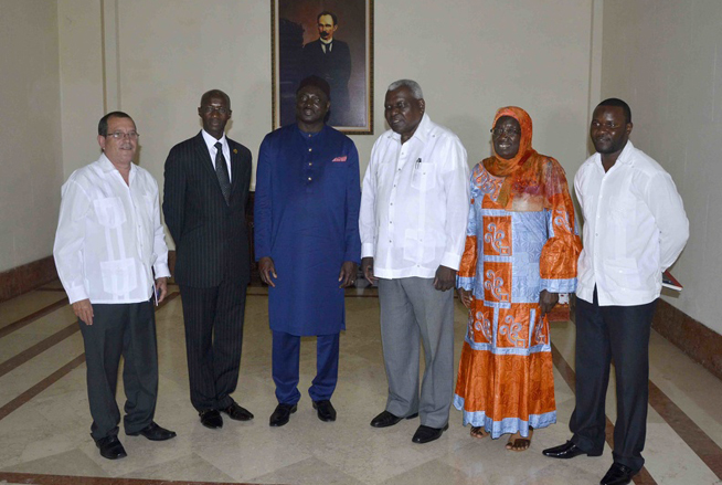 President of the Cuban Parliament meets with Gambian Chancellor