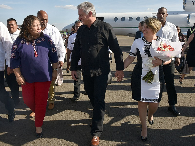 Cuban President arrives in Nicaragua to attend Caribbean Summit