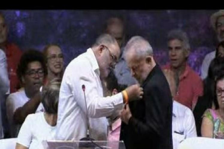 Condecorado Lula con la Orden Carlos Manuel de Céspedes