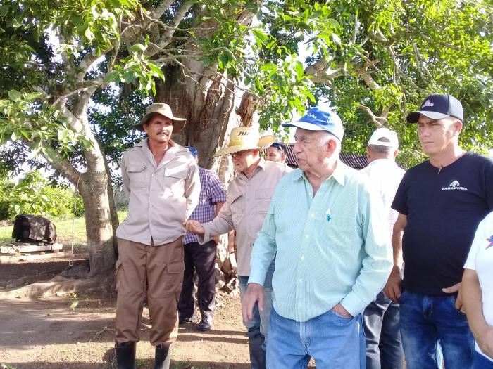 Recorre Machado Ventura objetivos estratégicos para el desarrollo de la agricultura en Pinar del Río