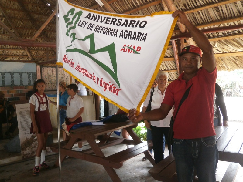 Inicia recorrido Bandera 60 aniversario de la Ley de Reforma Agraria