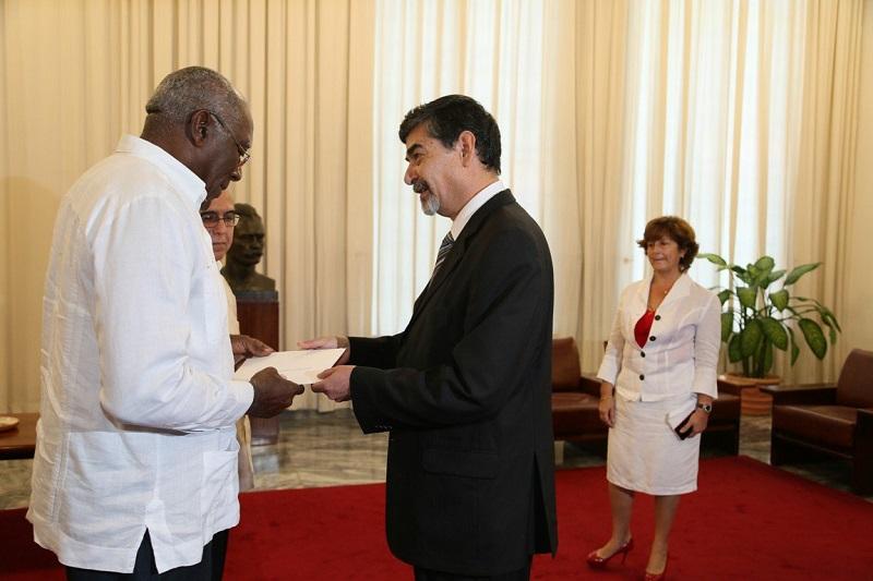 Denuncia Salvador Valdés Mesa recrudecimiento del bloqueo de EEUU a Cuba
