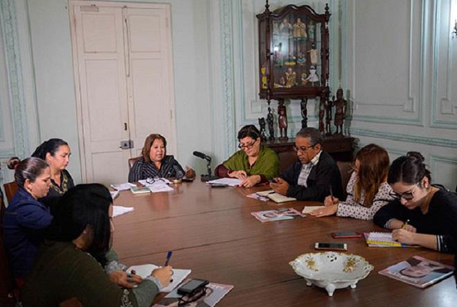 Las mujeres cubanas rendirán homenaje a Fidel y Vilma