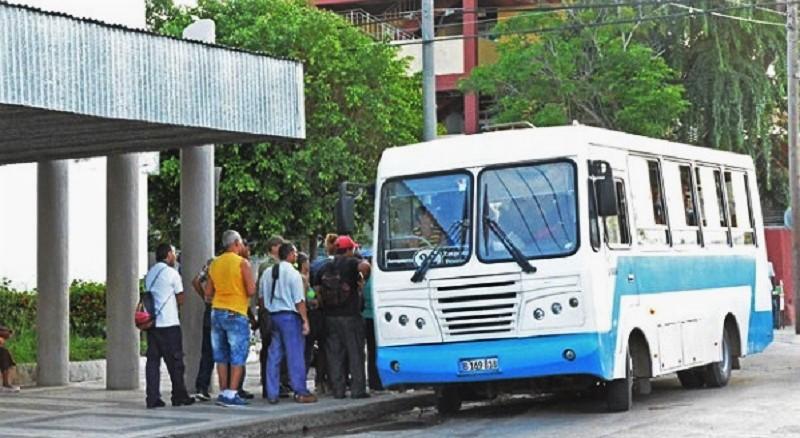 Afecta el Bloqueo transporte urbano en Ciego de Ávila