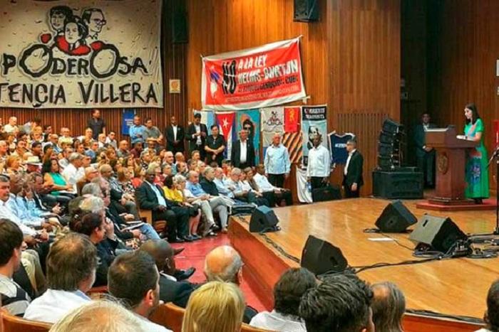 Cuba viene a ofrecerles su corazón
