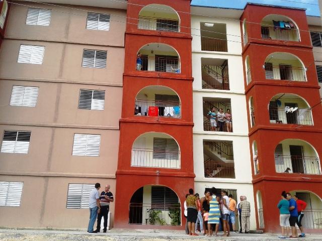 Entregan viviendas para beneficio social en Cienfuegos