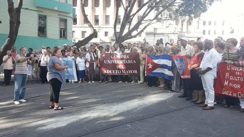 Cátedra del Adulto Mayor inicia nuevo curso escolar en Cuba
