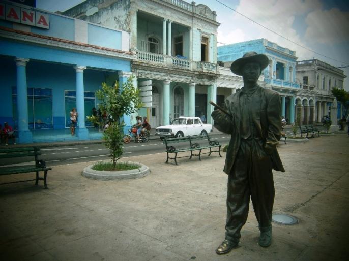 Homenaje a Benny Moré en Lajas