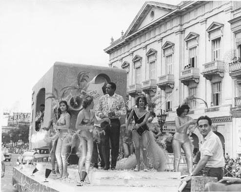 La Habana y sus más de tres siglos de comparsas