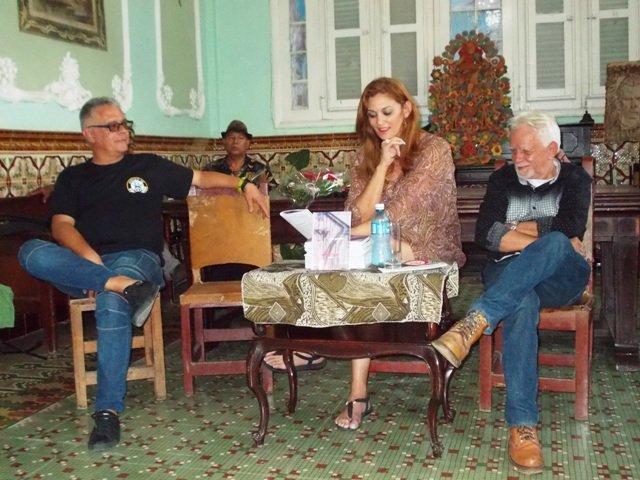 La poesía dominicana en la Casa del Caribe