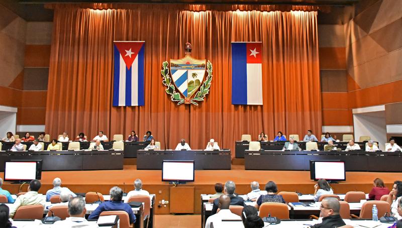 Diputados cubanos elegirán al Presidente de la República y demás altos cargos del Estado