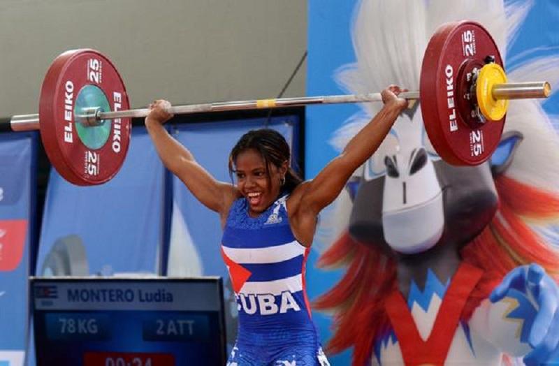 Medalla de plata y actuación histórica de pesista cubana en debut mundial