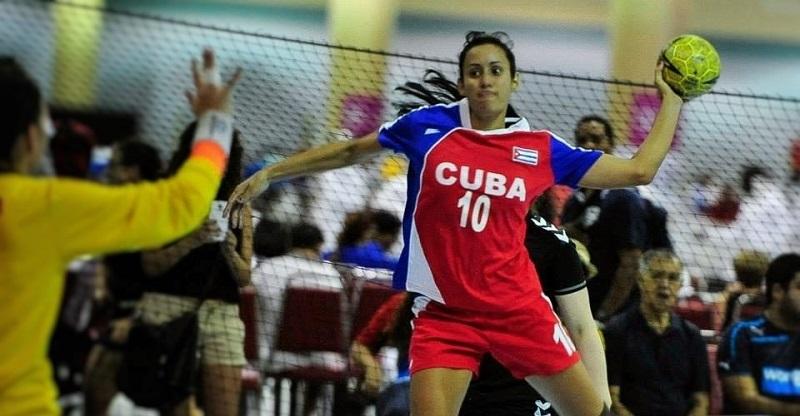 Balonmano femenino cubano por cupo a mundial de Japón