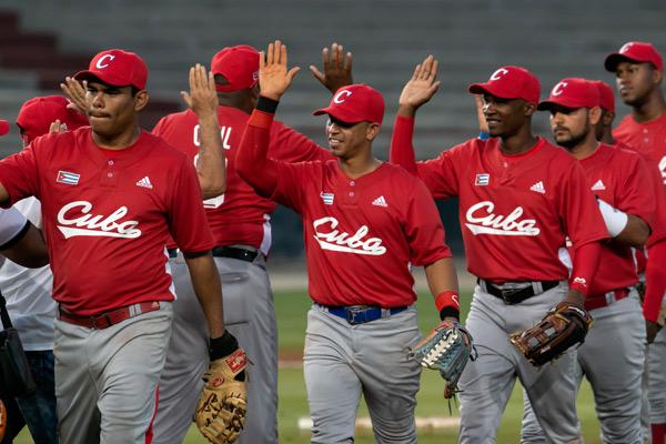 Leñadores de Cuba vencen a Charros en Serie del Caribe