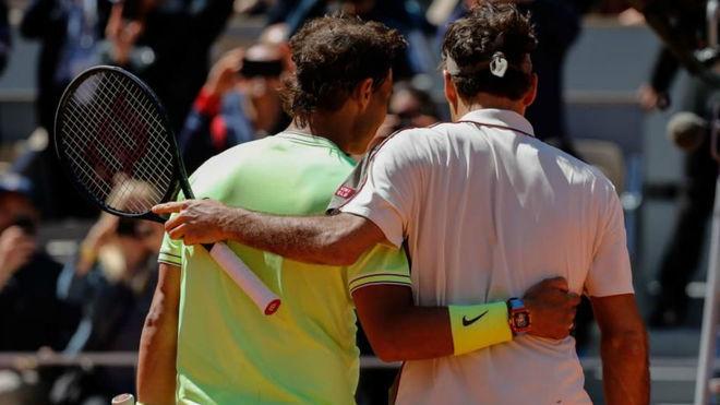 Nadal arrolla a Federer y llega a la final de París