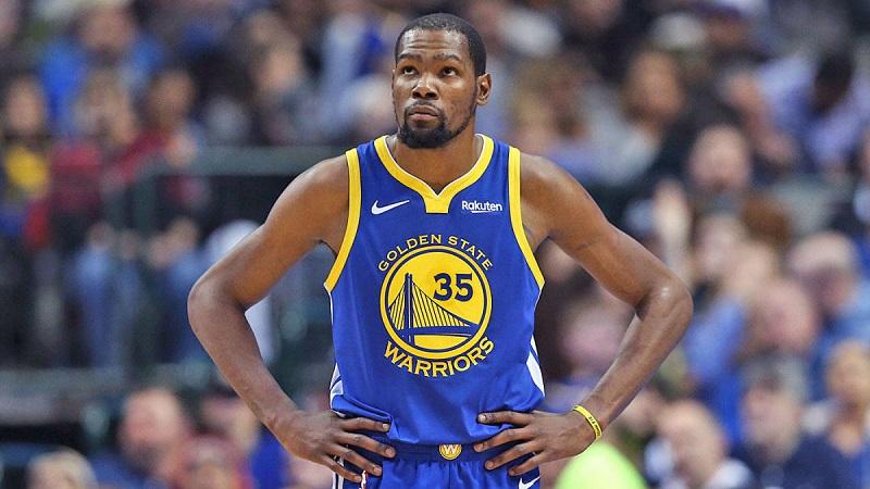 Durant rechaza opción de un año con Golden State