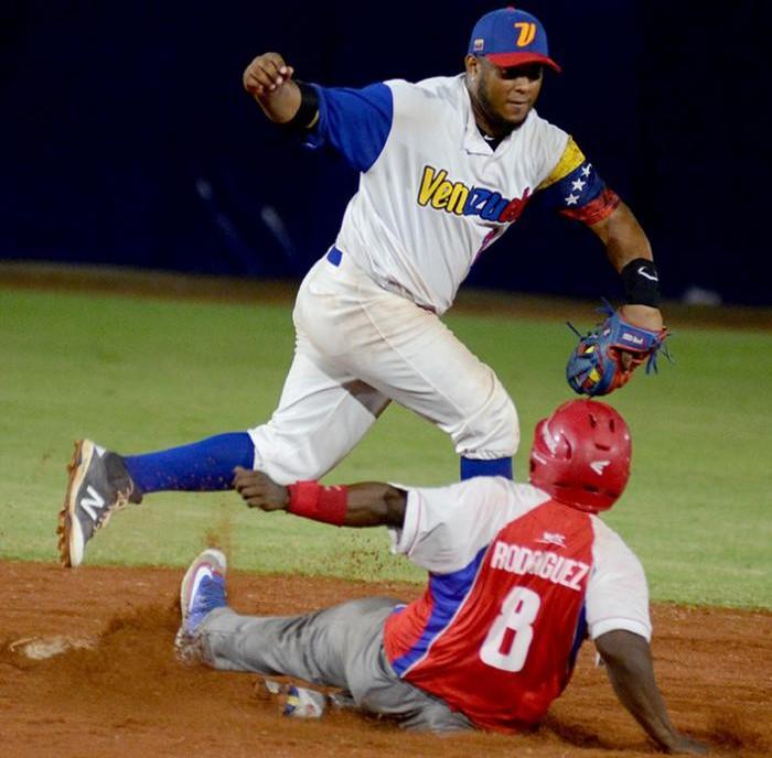 Anuncia Cuba sus titulares para el Mundial de Softbol