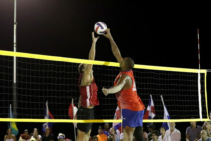 Duplas cubanas de voleibol de playa a Mundial de Hamburgo